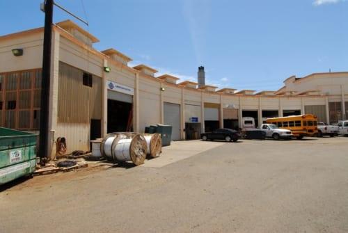 カフルイ港の扇形車庫