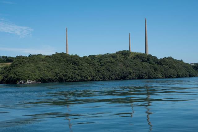 旧海軍が設置した針尾無線塔。