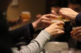 ついつい飲みすぎてしまう年末年始! 体をいたわるお酒の飲み方