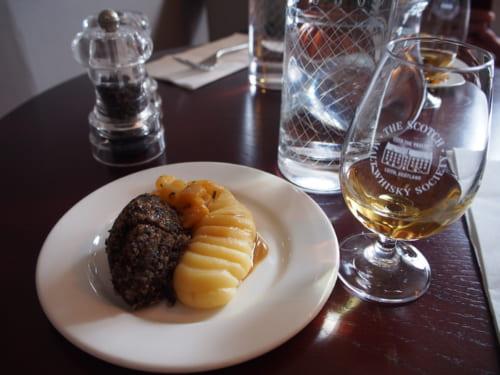 3時間半でスコットランドを飲んで、食べ尽くす「フードツアー」のススメ