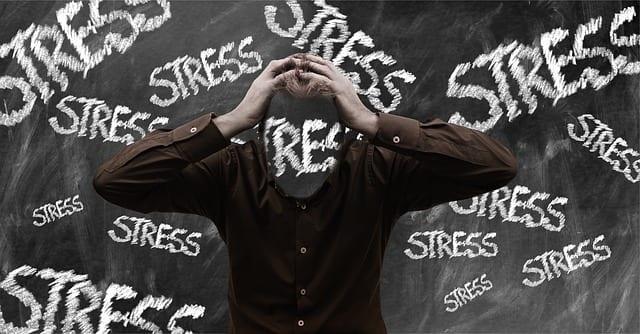 メンタルヘルスを理由に出社できなくなる部下を減らすために|ストレスチェックの正しい活用法
