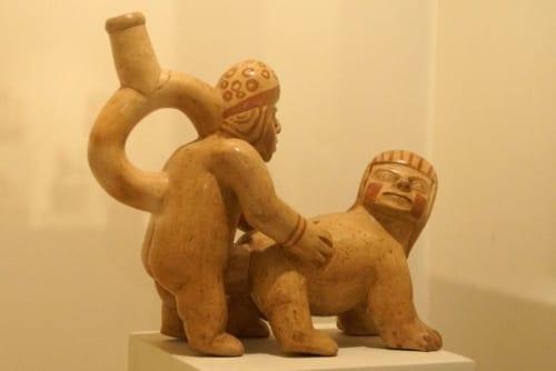 モチェではさまざまなスタイルで性行為が行われていた。