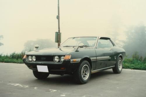 秋葉さんと10年以上、連れ添ったセリカ。GTVはスポーツ走行を前提とし、足回りが強化されたグレードだ。