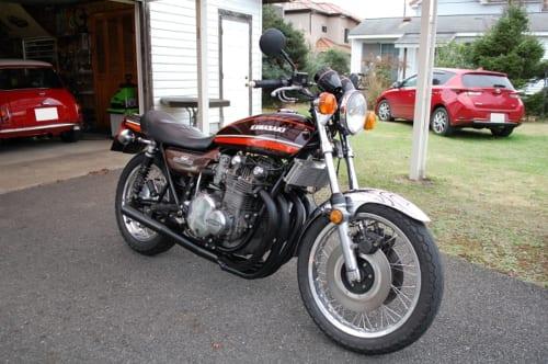 秋葉さんが現在、所有するクルマとオートバイの中で一番、付き合いの長いZ1。