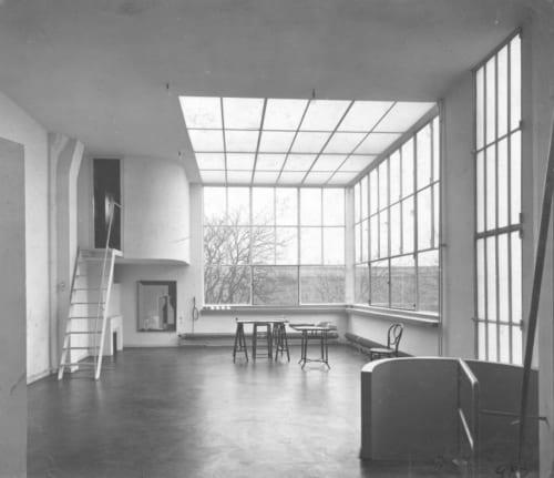 ル・コルビュジエ「アメデ・オザンファンの住宅兼アトリエ」(1922-23)Photo Charles Gérard (C)FLC