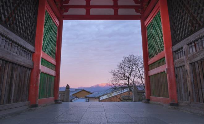 早朝こそ美しい京都の寺3選