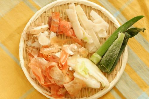 【管理栄養士が教える減塩レシピ】捨てるのはもったいない! 野菜くずでだしを取ろう