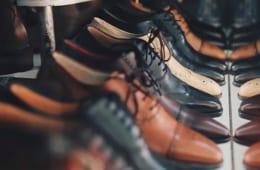 履きやすい靴は健康に悪い靴⁉  ロコモを防ぐ靴の選び方