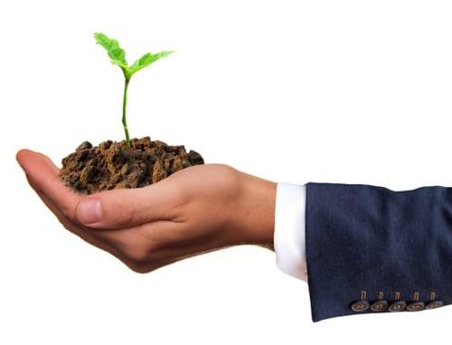 【ビジネスの極意】売り手市場で辞めない新卒社員を採用する方法