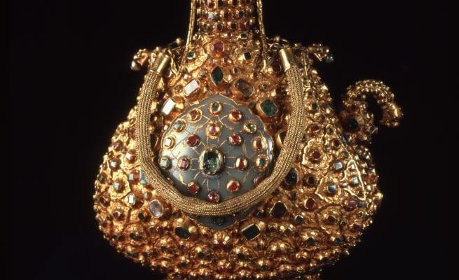《儀式用宝飾水筒》 16世紀後半 トプカプ宮殿博物館蔵