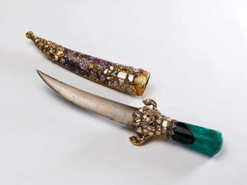 《スルタン・メフメト4世の宝飾短剣》 1664年頃 トプカプ宮殿博物館蔵