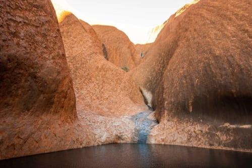 貴重な水源「カピムティジュル」 アナング族の聖地のひとつ