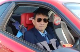 サライ.jp世代ならば、すれ違ったら振り返ってしまう健一さんの愛車。その出会いと物語は【後編】で語ります。