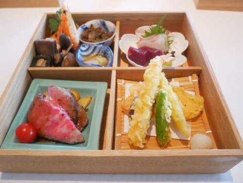 静岡県産の黒ばい貝や真鯛、ローストビーフなど、滋味に富む料理。