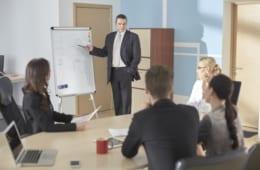 【ビジネスの極意】問題を解決する、正しい社内会議のやり方