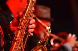ジャズマンはなぜみんな同じ曲を演奏するのか?(3)|「アドリブ」とは何か【ジャズを聴く技術 〜ジャズ「プロ・リスナー」への道5】
