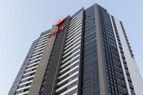 高層アパートメントタイプのホテル「The Ruby Collection」