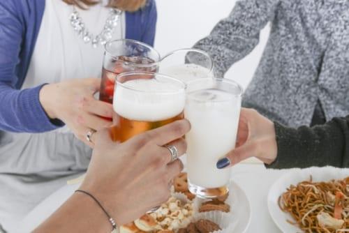 8割が飲みたくなければ飲まなくてもOK! お酒を飲まない人への理解進む