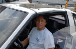 左ハンドル仕様の和年さんの愛車。日本のスポーツカーとして、海外で高い評価を受けました。その出会いと物語は【後編】にて語ります。