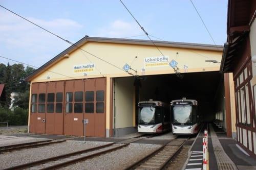終点のアッターセー駅は車庫と兼用になっているので、ゆっくりとほかの車両を見ることもできます。