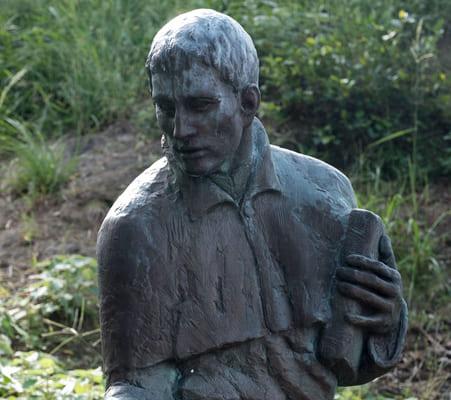横瀬浦公園(長崎県西海市)にあるルイス・フロイス像。