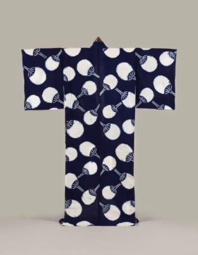 《紺木綿地団扇模様浴衣》大正~昭和時代 20世紀前半 東京都江戸東京博物館蔵 前期展示