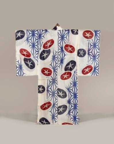 《白紅梅織地朝顔麻葉模様浴衣》昭和時代 20世紀前半 東京都江戸東京博物館蔵 前期展示