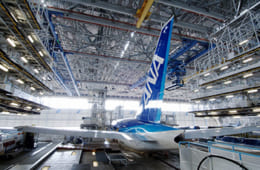 7位:ANA機体工場見学【東京都】