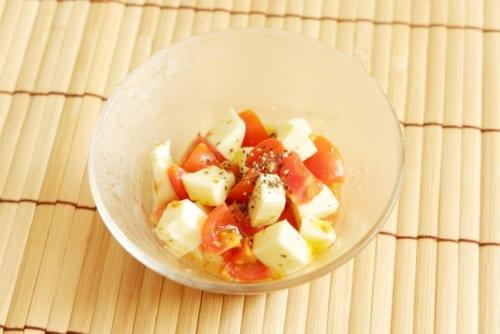 ミニトマトとモッツァレラのフルーツビネガーマリネ