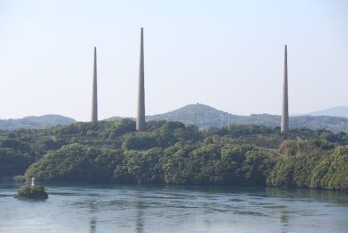 大正11年(1922)年に建造された「旧佐世保無線電信所」。全長136m。コンクリート製タワーとしては、日本最古にして最大の大きさ。