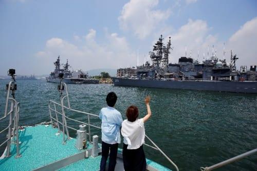 「SASEBO軍港クルーズ」は約1時間。一人2000円。※写真はイメージ。 写真提供/佐世保観光コンベンション協会