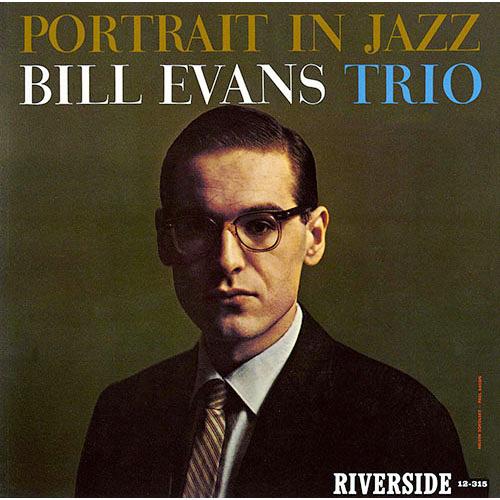 ビル・エヴァンス『ポートレート・イン・ジャズ』 演奏:ビル・エヴァンス(ピアノ)、スコット・ラファロ(ベース)、ポール・モチアン(ドラムス) 録音:1959年12月28日 従来の「ピアノ=主役+ベース=伴奏」ではなく、ピアノとベースの「対等な絡み」がこの時期のエヴァンス・トリオの特徴。とくに「枯葉」ではそれが顕著に表れます。