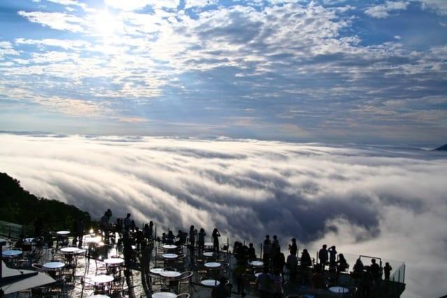 1【北海道】星野リゾート トマム 雲海テラス