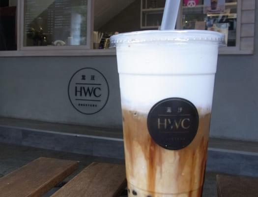 台湾の「タピオカ総選挙」で『最も人気のタピオカ』に選ばれたHWCの「黒糖タピオカラテ」