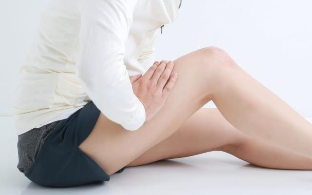 ヘルニア・狭窄症・坐骨神経痛 脚の外側の痛みやしびれを改善する筋膜リリース&ストレッチ【川口陽海の腰痛改善教室 第24回】