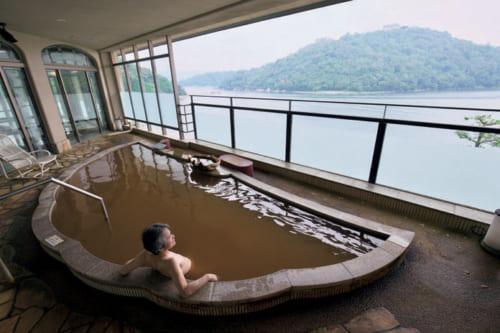 露天風呂で癒しのひととき。