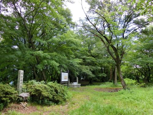 名立たる武将たちが城主を務めた佐和山城。井伊家が彦根城に移る際に徹底的に破壊された