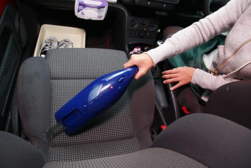 車内用の掃除機