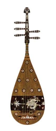 螺鈿紫檀五絃琵琶 唐時代・8世紀 正倉院宝物 (前期展示10月14日~11月4日)