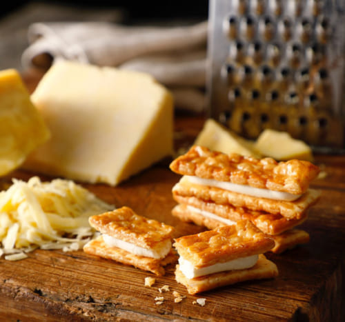 4位:チェダーチーズパイサンド 6個入り1,620円 [東京ミルクチーズ工場/エキュート京葉ストリート]