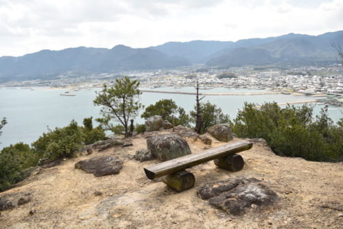 仙石秀久の後に入城した生駒親正が本格的に改修した引田城