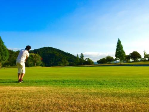 ストレッチで症状が改善し、5年ぶりにゴルフをプレーできるまでに回復