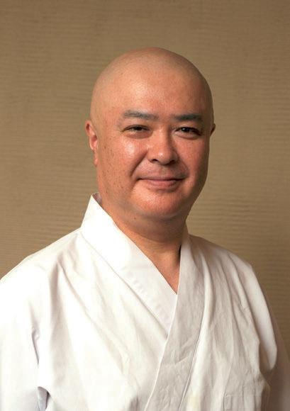 香り立つ蕎麦を作ることにかけては、当代随一の名手との呼び声が高い。日本蕎麦保存会会員。