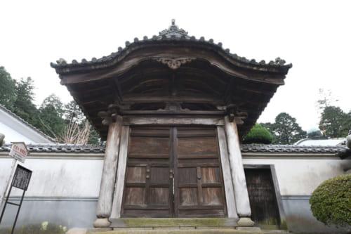 室町幕府将軍足利義昭は、本能寺の変当時、鞆の浦(広島県福山市)にいた。写真は御所も置かれた常国寺。