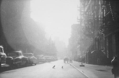 ソール・ライター 《ニューヨーク》1950年代、ゼラチン・シルバー・プリント (C)Saul Leiter Foundation