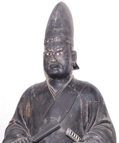 京都慈眼寺蔵の「黒い光秀像」は、『麒麟がくる』放映で人気を集めそう。