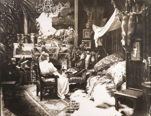 ポール・ナダール《自宅でのサラ・ベルナール》 1890年 個人蔵