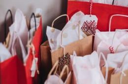 福袋を「毎年買う」は4人に1人! 年末年始の買い物で失敗した割合は意外にも…!?