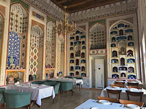 19世紀末に建てられた裕福な商人の邸宅を改装したレストラン「Restaurant Ayvan」