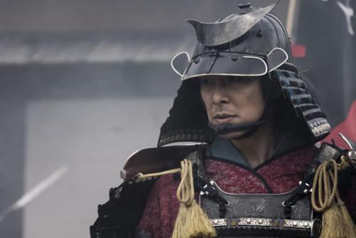 道三は、光秀(長谷川博己・写真上)、信長(染谷将太)に美濃を託した。